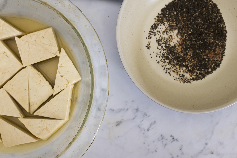 2 Tofu pieces r