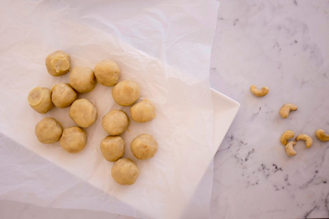 1 Raw cookie dough bites HERO r