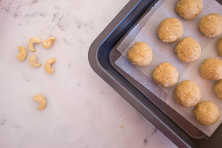4 Raw cookie dough bites pre coating r